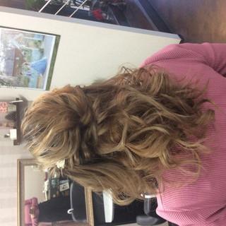 ヘアアレンジ ミディアム ガーリー 簡単ヘアアレンジ ヘアスタイルや髪型の写真・画像 ヘアスタイルや髪型の写真・画像