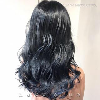 ネイビー 暗髪 セミロング モード ヘアスタイルや髪型の写真・画像
