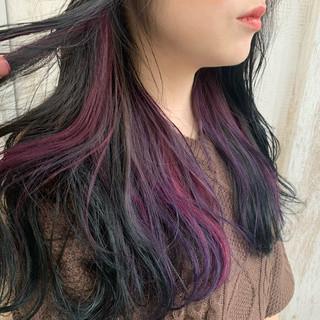 ロング インナーカラー エメラルドグリーンカラー ピンク ヘアスタイルや髪型の写真・画像
