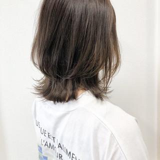 ベージュ 透明感カラー 外国人風カラー ミディアム ヘアスタイルや髪型の写真・画像