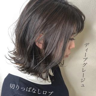 グレージュ ダブルカラー ミディアム 外国人風カラー ヘアスタイルや髪型の写真・画像