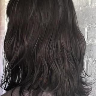 ボブ モード 外ハネ ミディアム ヘアスタイルや髪型の写真・画像