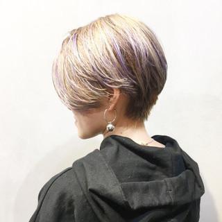 アッシュグレージュ ショート ストリート ショートヘア ヘアスタイルや髪型の写真・画像