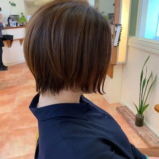 ショート ボブヘアー ミニボブ ナチュラル ヘアスタイルや髪型の写真・画像