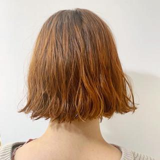 モード くせ毛風 パーマ 暖色 ヘアスタイルや髪型の写真・画像