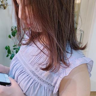 ナチュラル ベージュ ピンクベージュ ピンクアッシュ ヘアスタイルや髪型の写真・画像