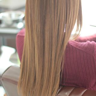 ヘアカット サラサラ ナチュラル ツヤツヤ ヘアスタイルや髪型の写真・画像 ヘアスタイルや髪型の写真・画像
