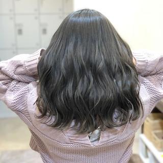 ロング ゆるふわ フェミニン 外国人風カラー ヘアスタイルや髪型の写真・画像