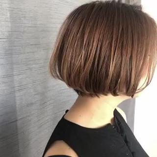 ミニボブ ショートヘア ボブ グレージュ ヘアスタイルや髪型の写真・画像