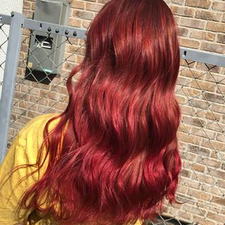 ボルドー ガーリー ヘアアレンジ 成人式 ヘアスタイルや髪型の写真・画像