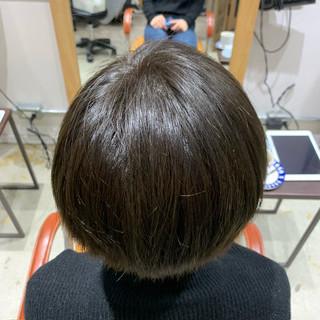 ショート 大人女子 ツヤツヤ ナチュラル ヘアスタイルや髪型の写真・画像