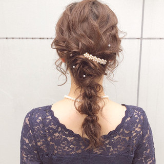 デート ロング 結婚式 アンニュイほつれヘア ヘアスタイルや髪型の写真・画像 ヘアスタイルや髪型の写真・画像