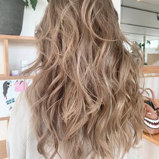 うる艶カラー ナチュラル グラデーションカラー 外国人風カラー ヘアスタイルや髪型の写真・画像