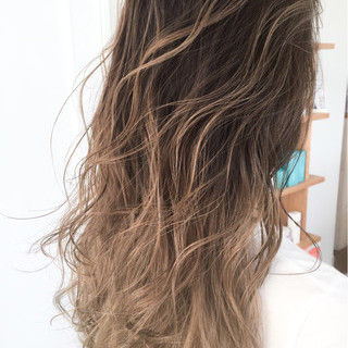 ロング 大人女子 アッシュ デート ヘアスタイルや髪型の写真・画像