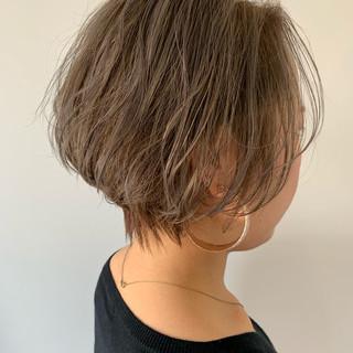 前下がりショート エレガント ショート ニュアンスヘア ヘアスタイルや髪型の写真・画像