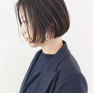 オフィス ボブ ストレート ナチュラル ヘアスタイルや髪型の写真・画像