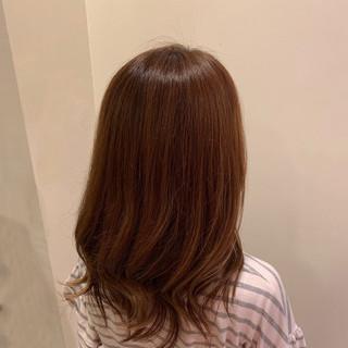 ナチュラル セミロング ブラウンベージュ ナチュラルブラウンカラー ヘアスタイルや髪型の写真・画像