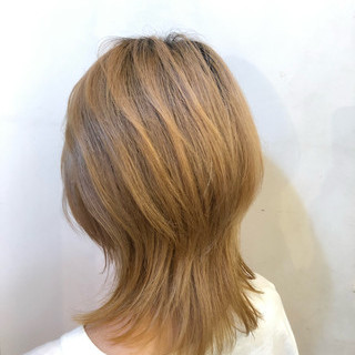 外国人風 ミルクティーベージュ ストリート 透明感カラー ヘアスタイルや髪型の写真・画像