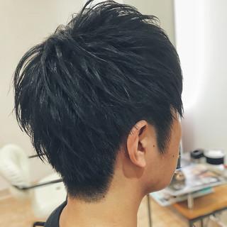 束感 ツーブロック メンズ オフィス ヘアスタイルや髪型の写真・画像