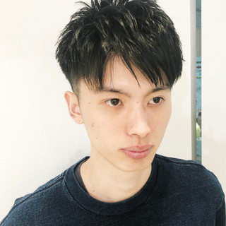 メンズヘア ナチュラル 刈り上げ メンズスタイル ヘアスタイルや髪型の写真・画像