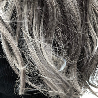グラデーションカラー ハイライト 成人式 上品 ヘアスタイルや髪型の写真・画像