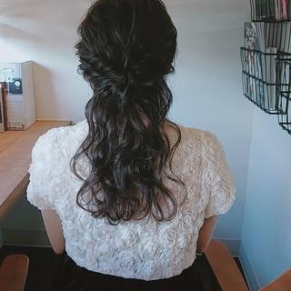 ハーフアップ フェミニン ロング お呼ばれ ヘアスタイルや髪型の写真・画像