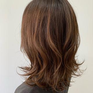 大人ヘアスタイル ウルフカット ミディアム 大人かわいい ヘアスタイルや髪型の写真・画像