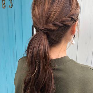 暗髪バイオレット ロングヘアスタイル ロング ポニーテールアレンジ ヘアスタイルや髪型の写真・画像