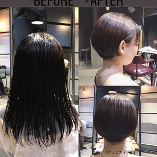大人ショート 刈り上げショート 斜め前髪 ハンサムショート ヘアスタイルや髪型の写真・画像