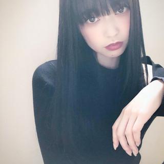 外国人風フェミニン 暗髪女子 暗髪バイオレット ナチュラル ヘアスタイルや髪型の写真・画像