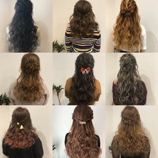 ロング フェミニン ねじり ヘアアレンジ ヘアスタイルや髪型の写真・画像
