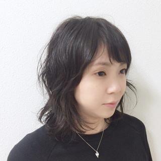 パーマ オフィス ナチュラル アンニュイほつれヘア ヘアスタイルや髪型の写真・画像