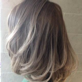 デート エレガント 大人かわいい ミディアム ヘアスタイルや髪型の写真・画像