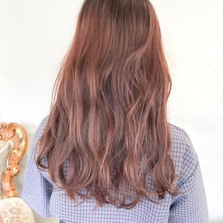 ロング ピンクブラウン ピンクバイオレット ラズベリーピンク ヘアスタイルや髪型の写真・画像
