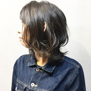 ウルフ ニュアンスウルフ ナチュラルウルフ ウルフカット ヘアスタイルや髪型の写真・画像