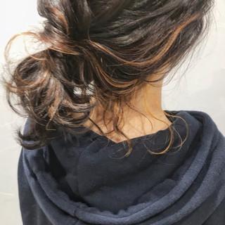 アンニュイほつれヘア ヘアアレンジ ミディアム 簡単ヘアアレンジ ヘアスタイルや髪型の写真・画像