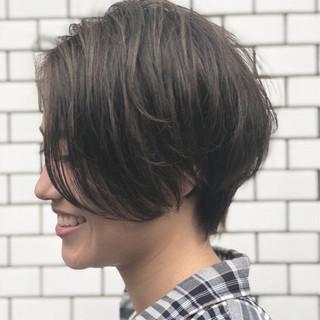 アウトドア 女子力 エフォートレス フェミニン ヘアスタイルや髪型の写真・画像