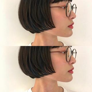 ボブ ナチュラル インナーカラー ミニボブ ヘアスタイルや髪型の写真・画像