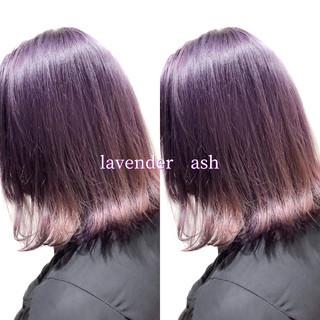 ラベンダーアッシュ ヘアカラー ストリート ミディアム ヘアスタイルや髪型の写真・画像