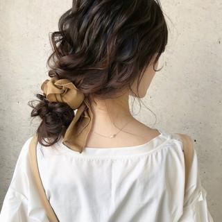 簡単ヘアアレンジ ゆるナチュラル 大人かわいい セミロング ヘアスタイルや髪型の写真・画像