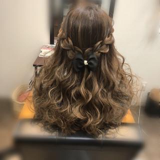 ロング ハーフアップ ヘアアレンジ ガーリー ヘアスタイルや髪型の写真・画像