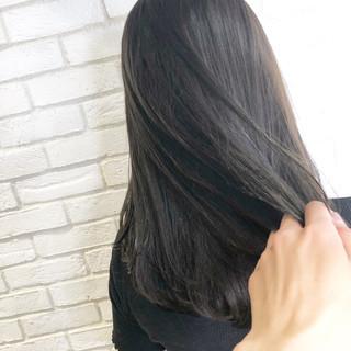 ミディアム ナチュラル デート グレージュ ヘアスタイルや髪型の写真・画像