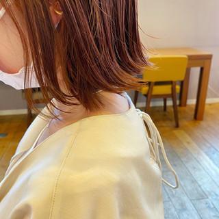 切りっぱなしボブ ナチュラル ミニボブ オレンジカラー ヘアスタイルや髪型の写真・画像