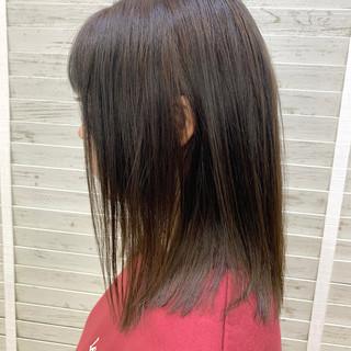 ヌーディーベージュ ナチュラル 大人かわいい ハイトーン ヘアスタイルや髪型の写真・画像