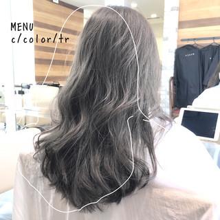 前髪 グレージュ ストレート 縮毛矯正 ヘアスタイルや髪型の写真・画像
