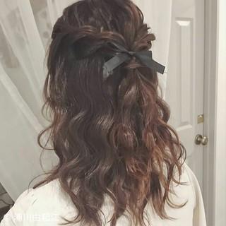 ウェーブ ゆるふわ ミディアム ヘアアレンジ ヘアスタイルや髪型の写真・画像