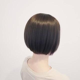インナーカラー 外国人風 アッシュ ボブ ヘアスタイルや髪型の写真・画像