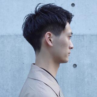 メンズヘア ストリート ショート ツーブロック ヘアスタイルや髪型の写真・画像