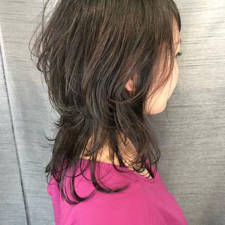 ウルフカット 大人可愛い 無造作ヘア ブランジュ ヘアスタイルや髪型の写真・画像