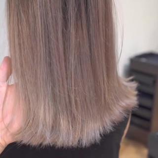 ガーリー 外国人風カラー ハイライト グレージュ ヘアスタイルや髪型の写真・画像